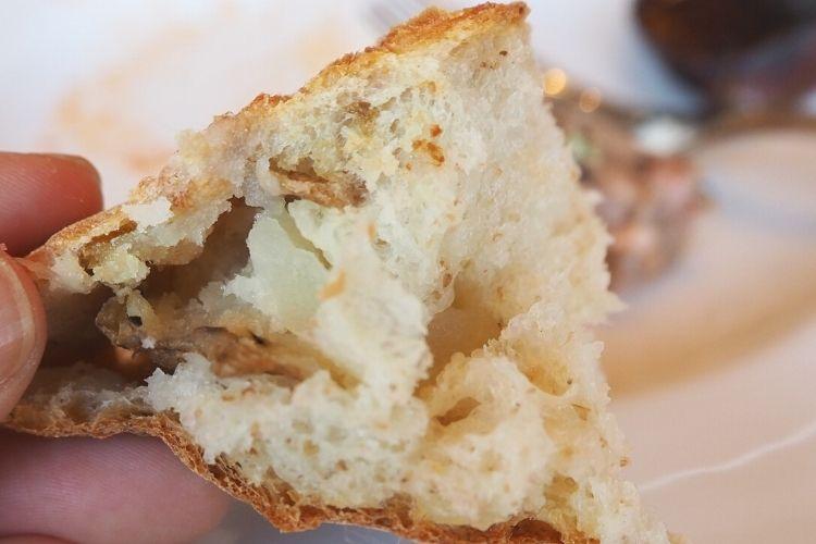 美瑛『bi.bleビブレ』 じゃがいもパン
