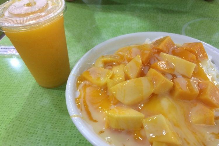 台湾旅行 冰讃 (ピンザン)マンゴーかき氷&ジュース