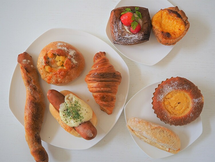丘の上のパン屋 パン