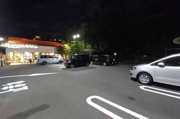 「オリーブの丘」川崎中原店 駐車場
